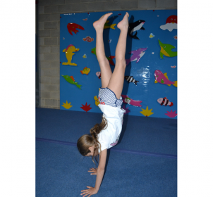 handstand-gymnastics-classes-kids