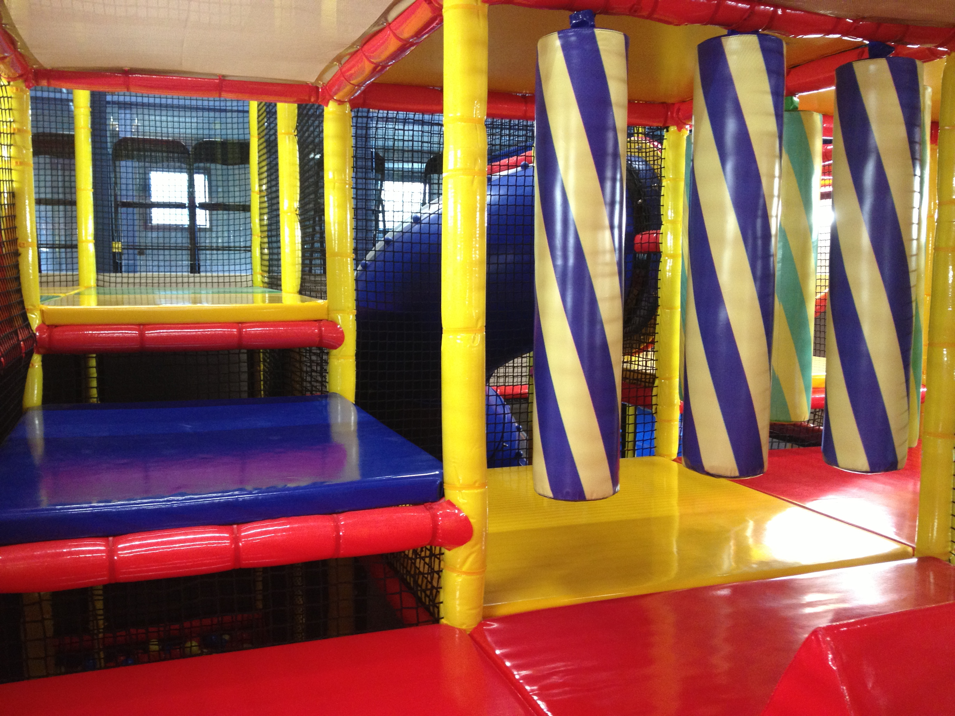 Indoor play centre hornsby all weather indoor playground for Indoor soft play